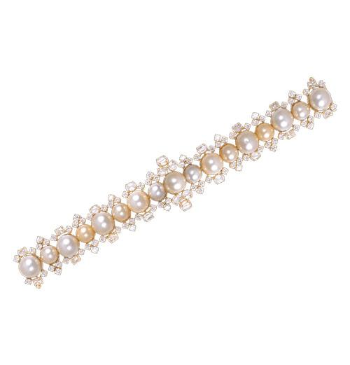 South sea pearl and diamond bracelet